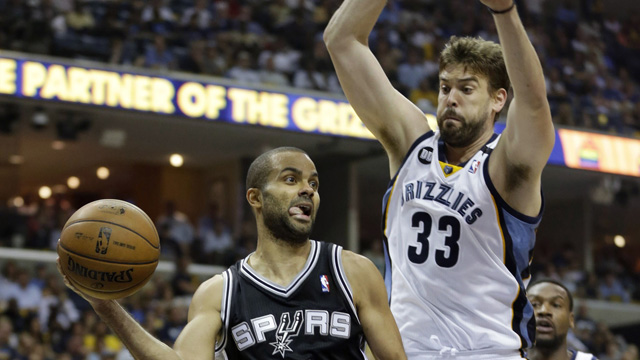 San Antonio conduce cu 2-1 in finala NBA