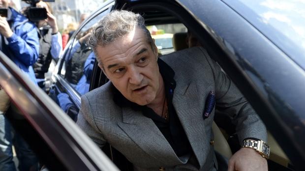 """Becali: """"Vreau libertate ca să vând Steaua cu un milion de euro"""""""
