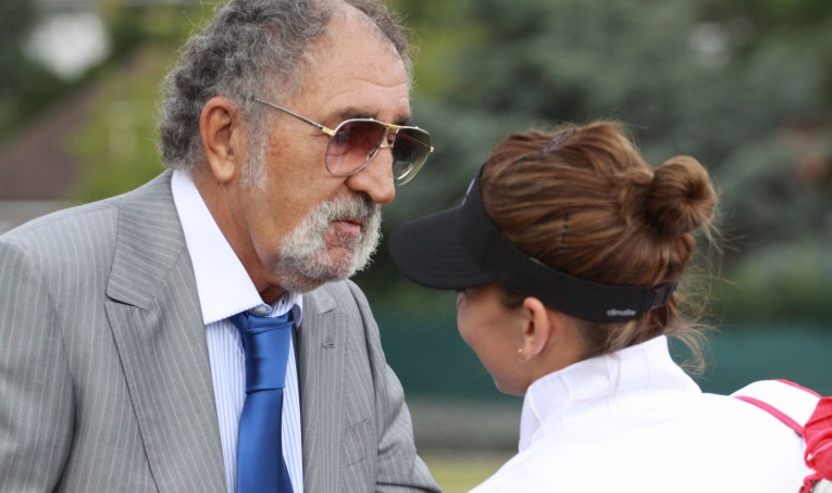 Ion Tiriac ii ofera o masina de ziua ei. Simona Halep s-a decis: ia un Corvette, din 1973!