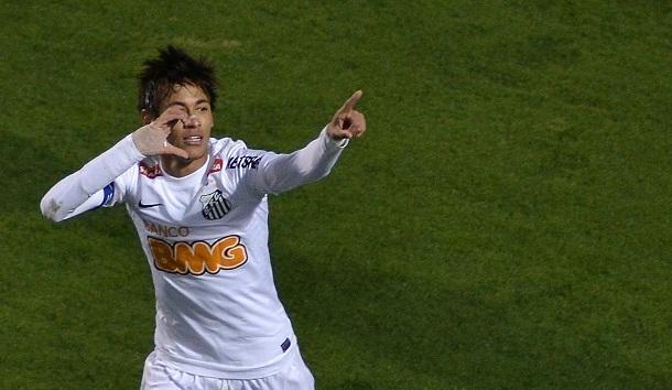 Real Madrid şi Barcelona se bat pentru semnătura lui Neymar.  Vezi ce a ales jucatorul brazilian