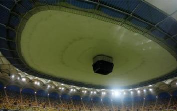 Grecii fac SCANDAL! Ne-au reclamat la FIFA cu cateva ore inainte de meci si cer masuri urgente! Observatorul ne-ar putea interzice sa tragem acoperisul!