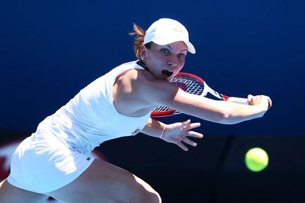 Halep s-a calificat in optimi la Australian Open