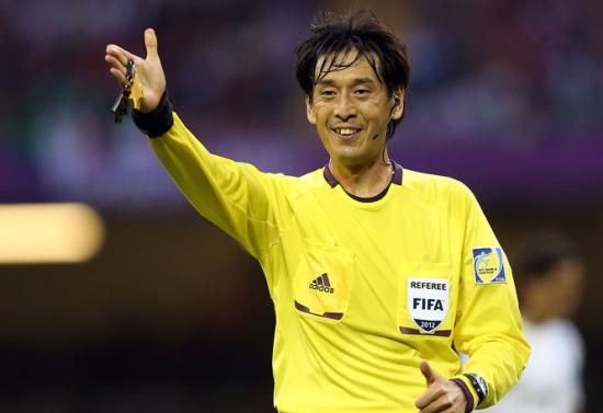 Cel mai bun arbitru asiatic al anului 2012 va conduce meciul de deschidere de la Cupa Mondială